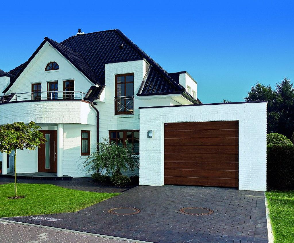 Гаражные секционные ворота Hörmann безусловно лучшее решение для частного гаража!